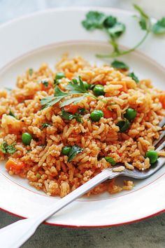 This recipe is about to be the ultimate side dish, since it's made with items you likely have on hand: white long-grain rice, frozen veggies, tomato sauce, and vegetable stock. Womens Health Magazine WOMENS HEALTH MAGAZINE | IN.PINTEREST.COM HEALTH EDUCRATSWEB