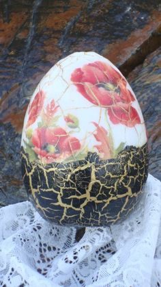 Easter Egg Dye, Easter Party, Christmas Images, First Christmas, Decoupage, Driftwood Lamp, Pintura Country, Faberge Eggs, Egg Art
