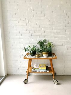 Vintage Teewagen Mid Century Servierwagen Barwagen Tea Trolley, Teak Sideboard, Table Flowers, Small Tables, Vintage Tea, Bar Cart, Tiles, Mid Century, Interior