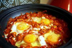 Shakshouka – Moroccan Egg Tagine