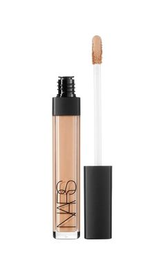 This could be the BEST concealer (according to Sephora)