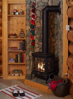 New Ideas Living Room Wood Stove Stones Wood Stove Surround, Wood Stove Hearth, Stove Fireplace, Wood Burner, Fireplace Ideas, Wood Stove Decor, Wood Stove Wall, Tiny House Wood Stove, Corner Fireplaces