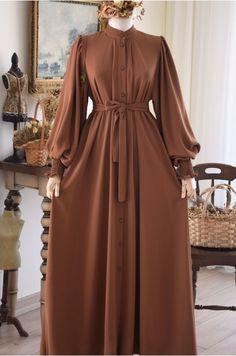 Abaya Fashion, Muslim Fashion, Dress Pesta, Abaya Designs, Casual Hijab Outfit, Hijab Fashion Inspiration, Daily Dress, Ulzzang Fashion, Mode Hijab