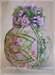 April Showers (retired) Quilted Christmas Ornaments, Christmas Balls, Christmas Decorations, Ball Ornaments, Ornament Wreath, Diy Ornaments, Folded Fabric Ornaments, Diy And Crafts, Patches