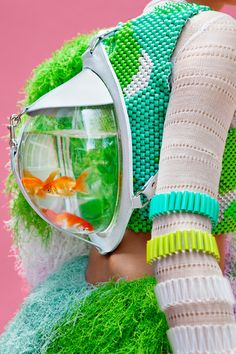 """Cassandra Verity Green - Spring / Summer 2013 - Collection """"Neptune's Daughter"""". Quand la mode ne se prend pas au sérieux, elle est encore plus créative. La collection de fin d'année de Cassandra V..."""
