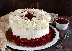 La Red Velvet Cake è una torta scenografica per il suo colore rosso. E' chiamata così (velluto rosso) per la sua particolare consistenza! Ecco la ricetta !