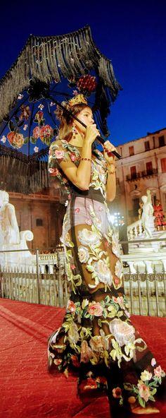 Dolce and Gabbana Fall 2017 Couture vogue.com