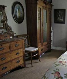S Bedroom Wooden Floor Paintings On The Wall Vintage