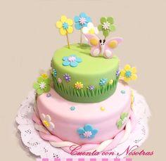 Tinkerbell Birthday Cakes, Garden Birthday Cake, 1st Birthday Cake For Girls, Baby Birthday Cakes, Butterfly Party, Butterfly Birthday, Bee Cakes, Girl Cakes, Pretty Cakes