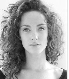 Amy Manson | I think she'd make a good Geillis Duncan