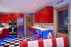 American Diner Style kitchen - would love this in our home.