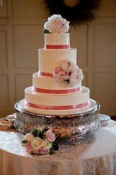 Pièce montée 2017  Ruban rose  Poonies | Gâteau De Mariage | Dessert Works