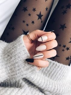 My favorite winter nails, winter nails designs, and winter nails colors #winternails #winternailcolors