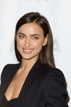 Irina Shayk At Arrivals For 2015 Aspca Young Friends Benefit, Iac Building, New York, Ny October Photo By: Eric Reichbaum/Everett Collection Photo Print Nude Makeup, Hair Makeup, Bradley Cooper, Creepy Cute Fashion, Irina Shayk Photos, 2015 Hairstyles, Tan Skin, Gorgeous Makeup, Mannequins