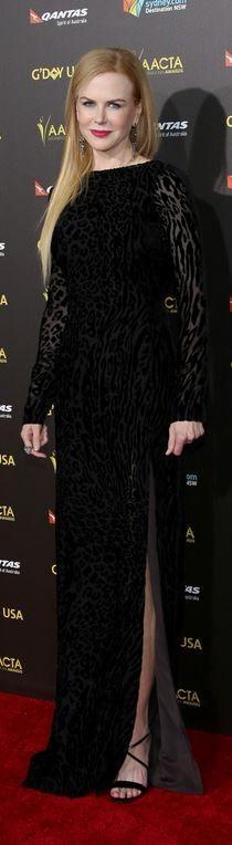 Who made  Nicole Kidman's black long sleeve gown?