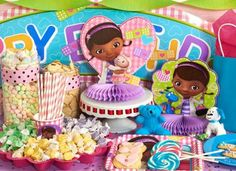 Your little doc will love to celebrate with this Disney Junior Doc McStuffins Party Pack for 8! The pack for 8 includes: 8 thank-you notes, dinner plates, dessert plates, cups, forks, spoons, 16 napki