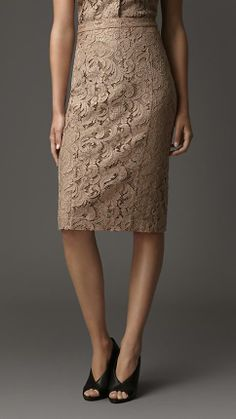 Burberry London S/S14 Lace Pencil Skirt