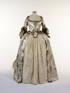 Fashion ball gown dress 18th Century Mantua from 1775-1785 made in Great Britain,
