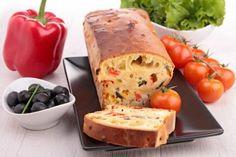 Il plumcake 7 vasetti salato è un antipasto molto originale, semplice da preparare dal momento che non dovrete pesare nessun ingrediente. Ecco la ricetta