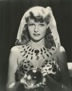 Rita Hayworth & The Crystal Ball - Sepia Tone Golden Age Of Hollywood, Vintage Hollywood, Hollywood Glamour, Hollywood Stars, Classic Hollywood, Hollywood Divas, Hollywood Actresses, Hollywood Icons, Hollywood Actor