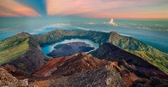 Mount Rinjani Trekking offer the sunrise over a spectacular Segara Anak Lake, mountain and island stretching far below, fell free and cool by swimming. #mountrinjanitrekking #mountrinjani #rinjanitrekking #beyondbalitrekking