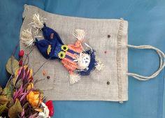 Sacosa iuta, papusa albastra - EcoVintage by Aura Burlap, Reusable Tote Bags, Store, Hessian Fabric, Storage, Business, Shop, Jute, Canvas
