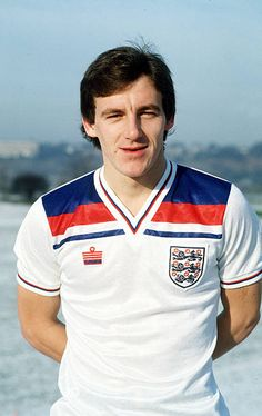 circa 1980 Steve Coppell England and who won 42 England international caps from 19781983 England International, International Football, Retro Football, Football Fans, Sport Football, Steve Coppell, England Football Players, England National Team, National Football Teams