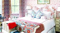 What Men Really Think About Your Feminine Décor via @domainehome