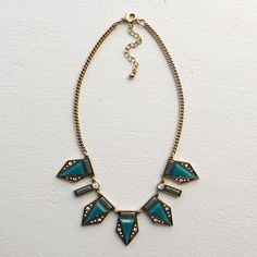 NWT retail teal statement necklace. Cute spiked with cute rhinestones ❤️ Hwl boutique Jewelry Necklaces