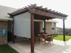 Pergola w/Roll-Down Solar Shade
