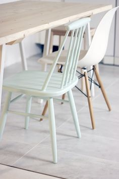 Love this pastel chair with all the wood and white // wanted to have different chairs in my dining Ästhetisches Design, House Design, Interior Design, Kitchen Chairs, Dining Chairs, Room Chairs, Interior Inspiration, Room Inspiration, Home Furniture