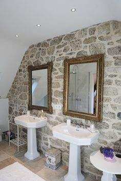 Deco sdb on pinterest tubs bathtubs and bathroom for Decoration maison quimper