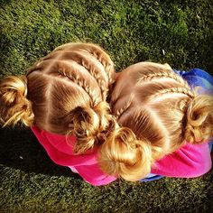 Double & Triple twists to Messy buns today! #CGHTripleTwistTwistyBuns #twinshair  http://youtu.be/7JwrktoVb8I