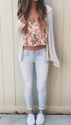 Fall outfits, outfits crop top outfits, cute teen outfits, cute s Outfit Ideas For Teen Girls, Casual Outfits For Teens, Summer Fashion For Teens, Cute Teen Outfits, Kids Outfits Girls, Teenage Outfits, Junior Outfits, Preteen Fashion, Modern Outfits