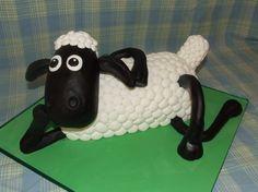 Shawn the Sheep cake!    Super cute!