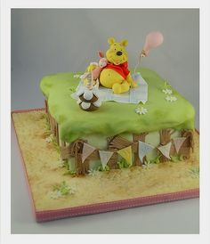 winnie the pooh cake for 2nd birthday party? I don't think I could make this one..