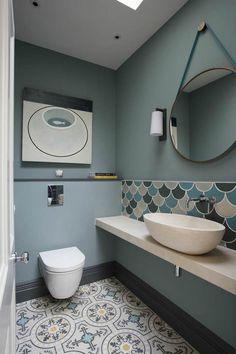 idéia deco wc: Kew Ground Floor Wc Fired Earth Tiles And Walnut Loop Mirror Kew Ideia Deco Wc Bathroom Floor Tiles, Bathroom Toilets, Small Bathroom, Bathroom Ideas, Wall Tiles, Room Tiles, Tiled Bathrooms, Toilet Tiles, Luxury Bathrooms