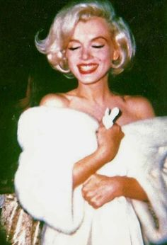 Marilyn at JFK's birthday gala, 19 May 1962.