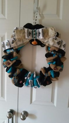 Jacksonville Jaguars Wreath. Burlap and NFL.