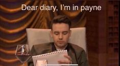 One Direction Humor, One Direction Pictures, I Love One Direction, Direction Quotes, Stupid Memes, Funny Memes, Jokes, Foto One, Harry Styles Memes