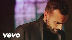 Marco Mengoni est de retour avec le single «Invencible» déjà mis en image et c'est à découvrir sur aficia… Chanteur et compositeur italien, Marco Mengoni est de retour afin d'assurer la promotion de son troisième album : Parole in Circolo. C'est le titre «Invencible» qui est mis à la disposition du public, avant goût de …