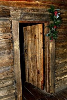 Rustic Christmas Rustic And Christmas Decor On Pinterest
