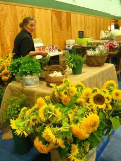 Sunflowers at the Lunenburg Farmers' Market