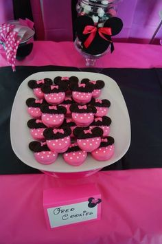 Cookies at a Minnie Mouse Party