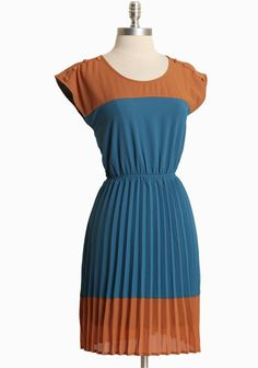 Country Club Pleated Dress | Modern Vintage Dresses