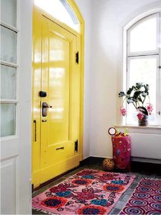 high gloss accents (my front door is this colour, it never fails to cheer me up)