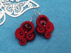 Browse unique items from RhodianaSoutache on Etsy, a global marketplace of handmade, vintage and creative goods. Soutache Necklace, Beaded Earrings, Earrings Handmade, Crochet Earrings, Ribbon Art, Woven Bracelets, Imitation Jewelry, Homemade Jewelry, Leather Earrings