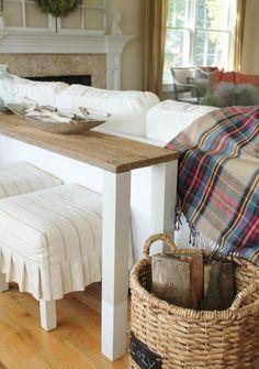 Konsolentisch mit Platte aus echtem Holz und weißen Beinen