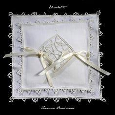 Cuscini Porta Fedi   Merletti merletto ad ago Aemilia Ars cuscini porta fedi cuscini porta anelli inserti per abiti da sera e da cerimonia biancheria ricamata