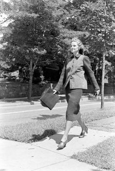 Fall Fashions | Photographer: Alfred Eisenstaedt | Date taken: 1938 | Location: US | LIFE Archive - Hosted by Google